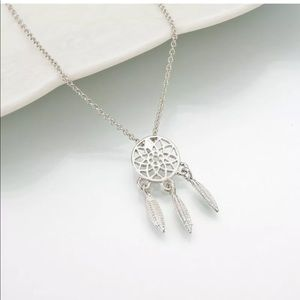 🎉5 for $25🎉 Silver Dream Catcher Necklace